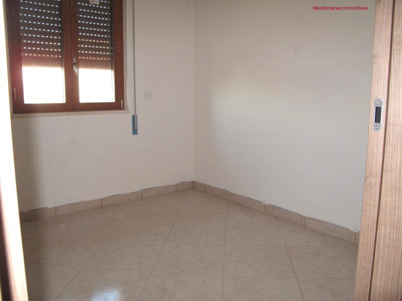 Camera Matrimoniale Usata Lombardia.Vendita Appartamento In Condominio A Laterza In Via Lombardia 19