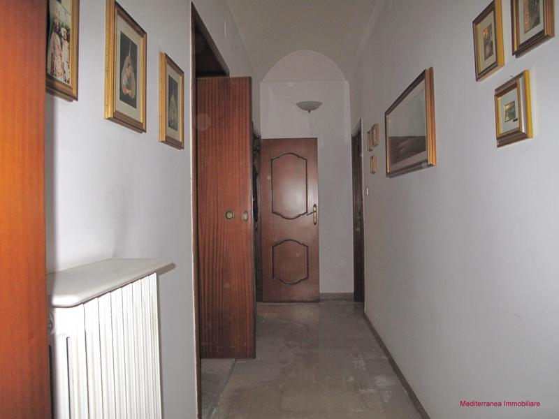 VENDITA APPARTAMENTO IN CONDOMINIO a Laterza in Via Roma ...
