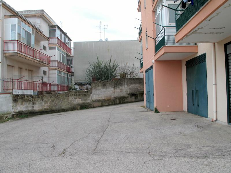 VENDITA APPARTAMENTO IN CONDOMINIO a Laterza in Via ...